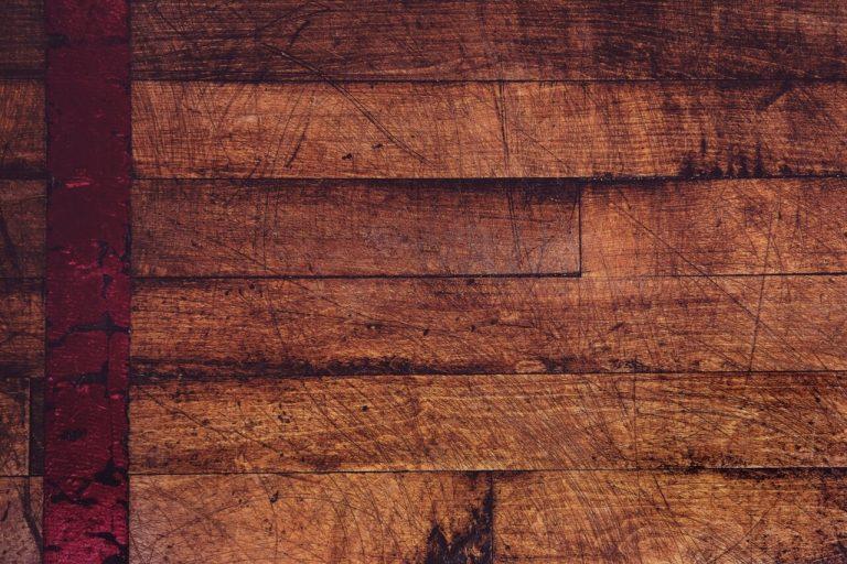 Zbliżenie na drewniane panele